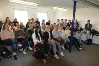Für einige Klassen war die Teilnahme verpflichtend, andere nahmen sogar freiwillig teil. Foto: SMMP/Hofbauer