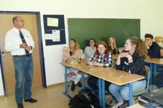 """Die Vorträge im """"Placida"""" boten den Schülerinnen und Schülern interessante Einblicke in eine mögliche Zukunft. Foto: SMMP/Hofbauer"""